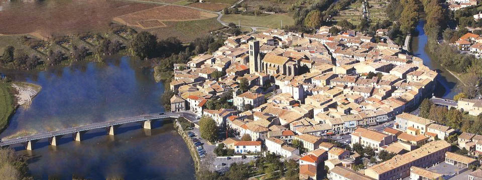 Trèbes, the quiet little town next to Carcassonne medieval city